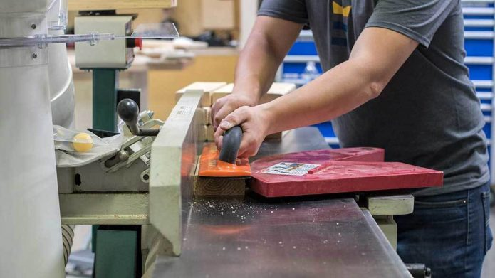 Points to be considered while buying the jointer